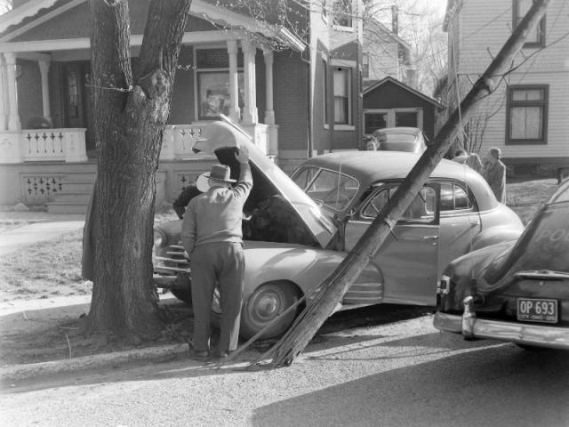 1952: Elsmere and Ashland