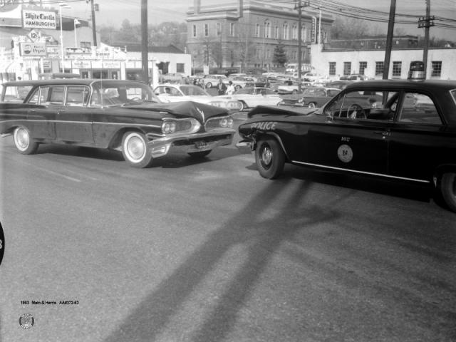 1963: Main and Harris Ave.